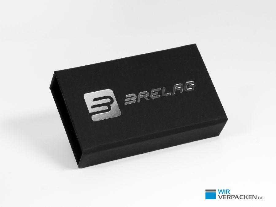 Klappbox mit Softtouch Oberfläche und Silberdruck