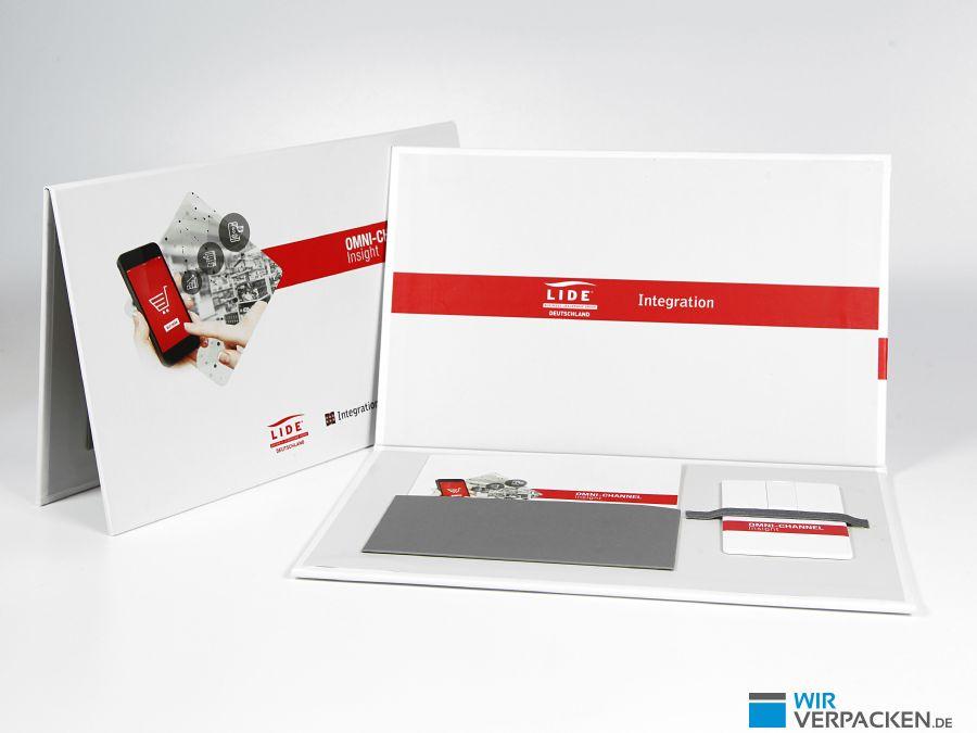 Pressemappe als Verpackung für USB-Karte