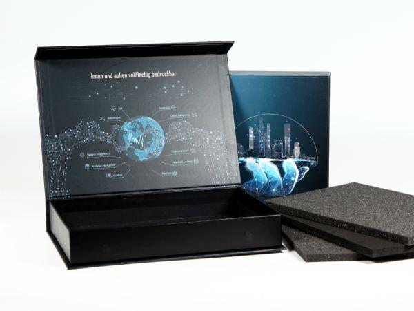 Bedruckbare Klappbox 225 x 160 x 34 mm - Standardbox, Goodiebox für Unboxing, Geschenkverpackung, vollflächig im Digitaldruck bedruckbar, Innenraum bedruckbar
