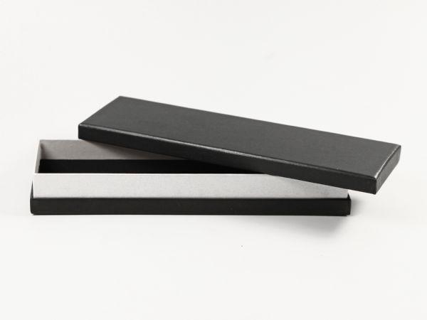 Schmale Box in Schwarz und Silber mit Stülpdeckel in hochwertiger Verarbeitung
