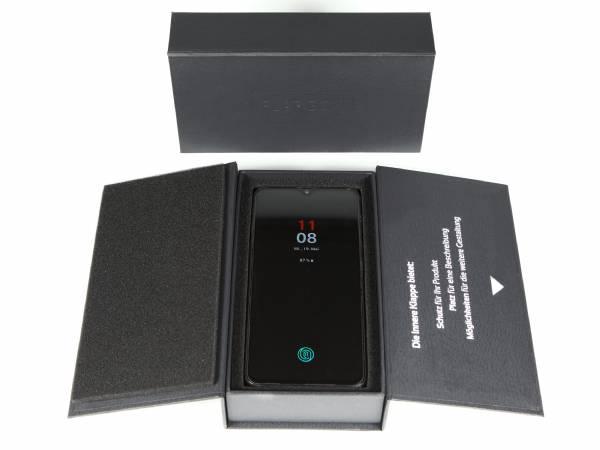 Flap Box Klappschachtel mit Magnetverschluss - Schutz für Ihr Produkt dank zweier Klappen - bedruckbar mit Ihrem Logo oder vollflächigen Design auf allen Seiten