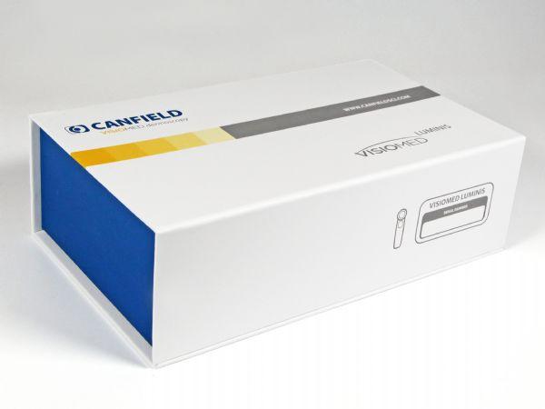 Digital beduckte große Klappschachtel, zweifarbig in der CI des Kunden gestaltet
