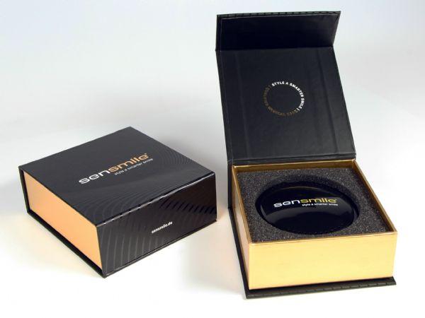 Klassische Klappbox hochwertig veredelt mit Goldfolie und UV-Lack