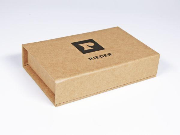 Umweltfreundliche Verpackung mit Magnetverschluss, Aufdruck und einem Inlay aus EVA Schaumstoff