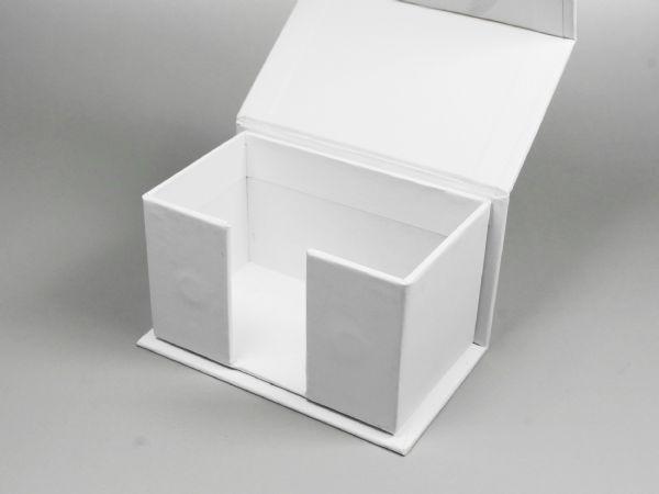 Sonderform Verpackung für Visitenkarten mit Magnetverschluss