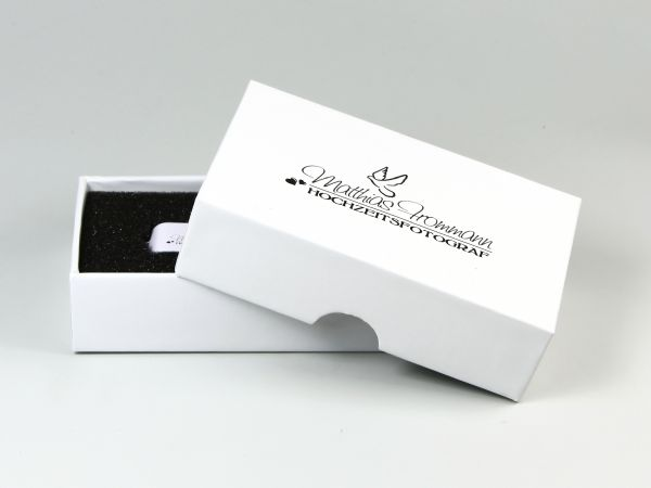 Geschenkbox mit Stülpdeckel für USB-Stick