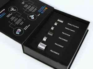 Klappbox in Buchform mit Inhalt
