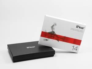 Schwarze Stülpdeckelverpackung mit Banderole und Digitaldruck