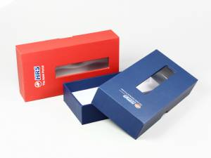 Stülpdeckelverpackung mit Sichtfenster und Aufdruck